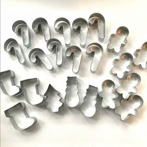 Other - Christmas Cookie Cutters Metal Set Of 22 Baking